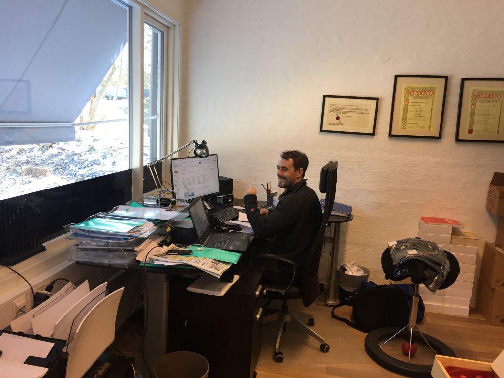 Marki har også en kollega som ikke bruker HoltePortalen. Det er ganske lett å se...