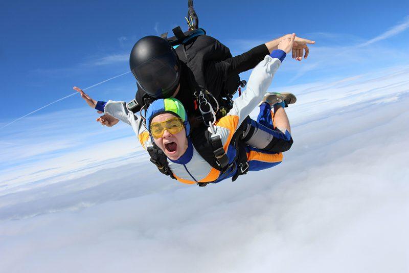 Tandemhopp i fallskjerm