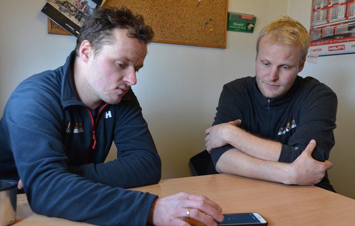 Christoffer Ugland og Øystein Eilerås med Time-appen