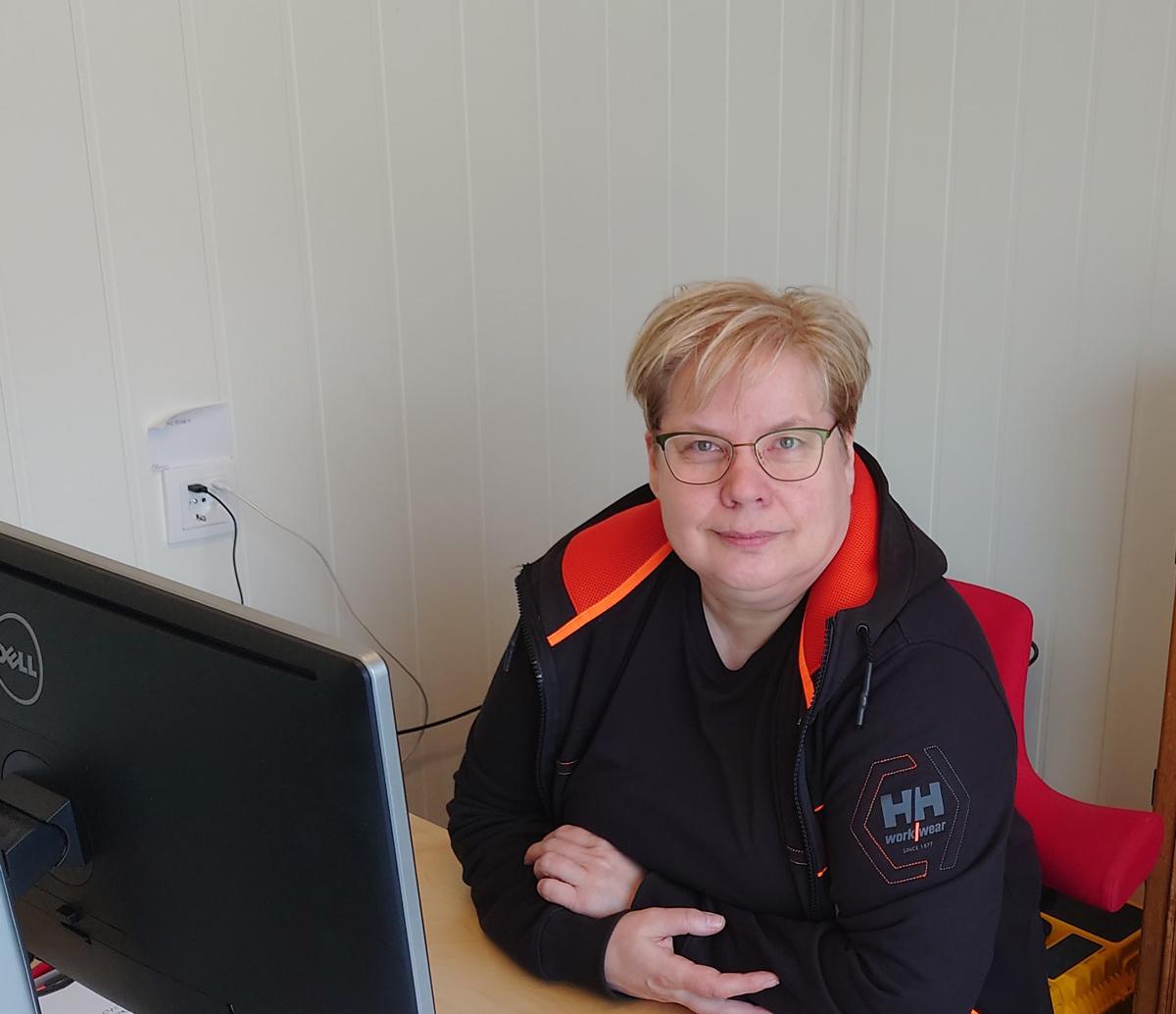 Synnøve Olsen, daglig leder i Márkan El i Karasjok